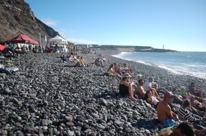 Homenaje a la ola de Los Guirres, La Palma