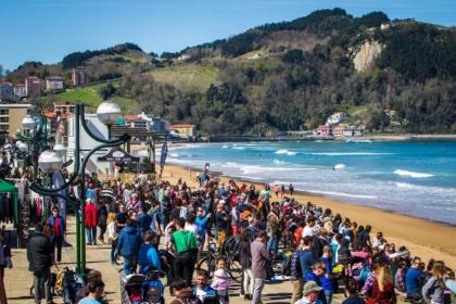 La World Surf League cancela toda actividad competitiva
