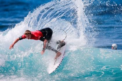 Rubén Vitoria campeón de la World Surf League