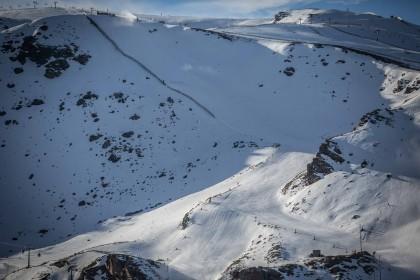 Sierra Nevada estrena las pistas negras