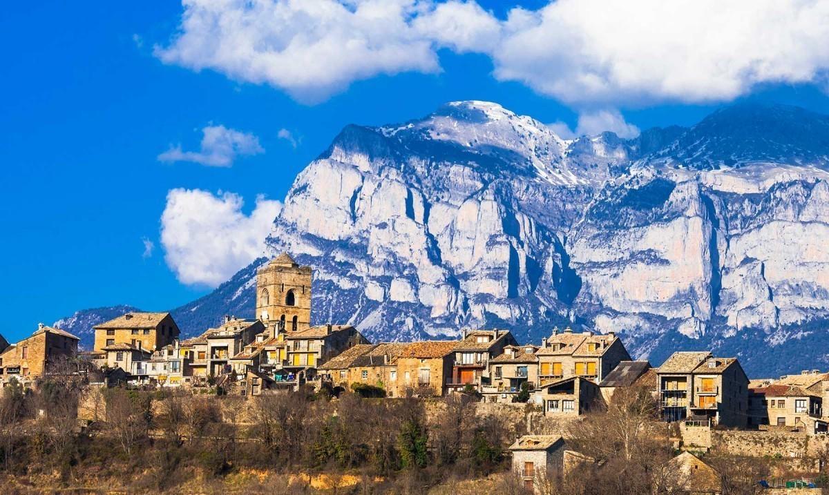 Aínsa, capital de la Montaña de España 2020