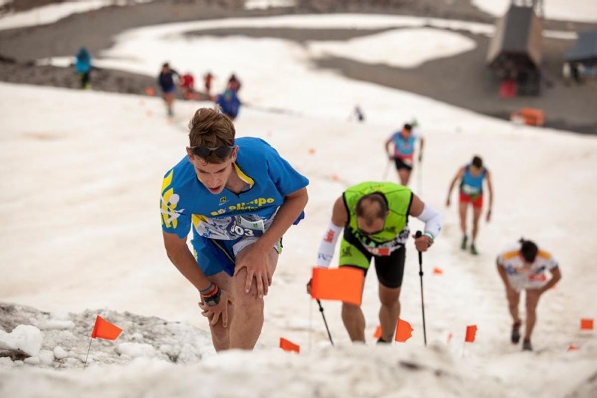 Antonio Herrera y Silvia Lara, campeones andaluces del Kilómetro Vertical