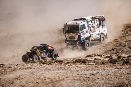 Gerard Farrés se desquita en la Maratón del Dakar
