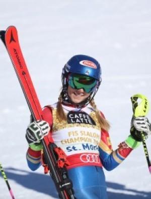 Mikaela Shiffrin tricampeona del mundo de Slalom