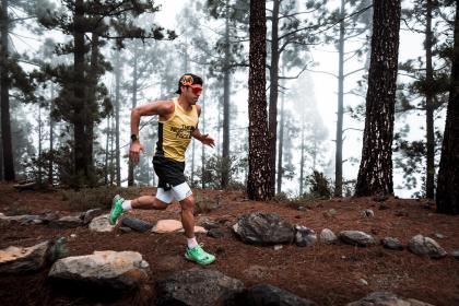 Pau Capell, bicampeón del mundo bate el récord de la Ruta 040