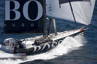 El Hugo Boss ya navega con 14,7 nudos de media