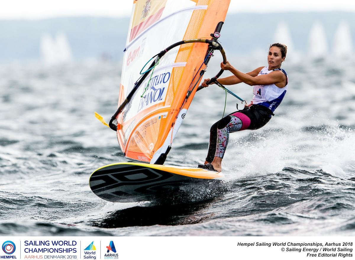 Blanca Manchón representará al windsurf femenino en Tokio 2020