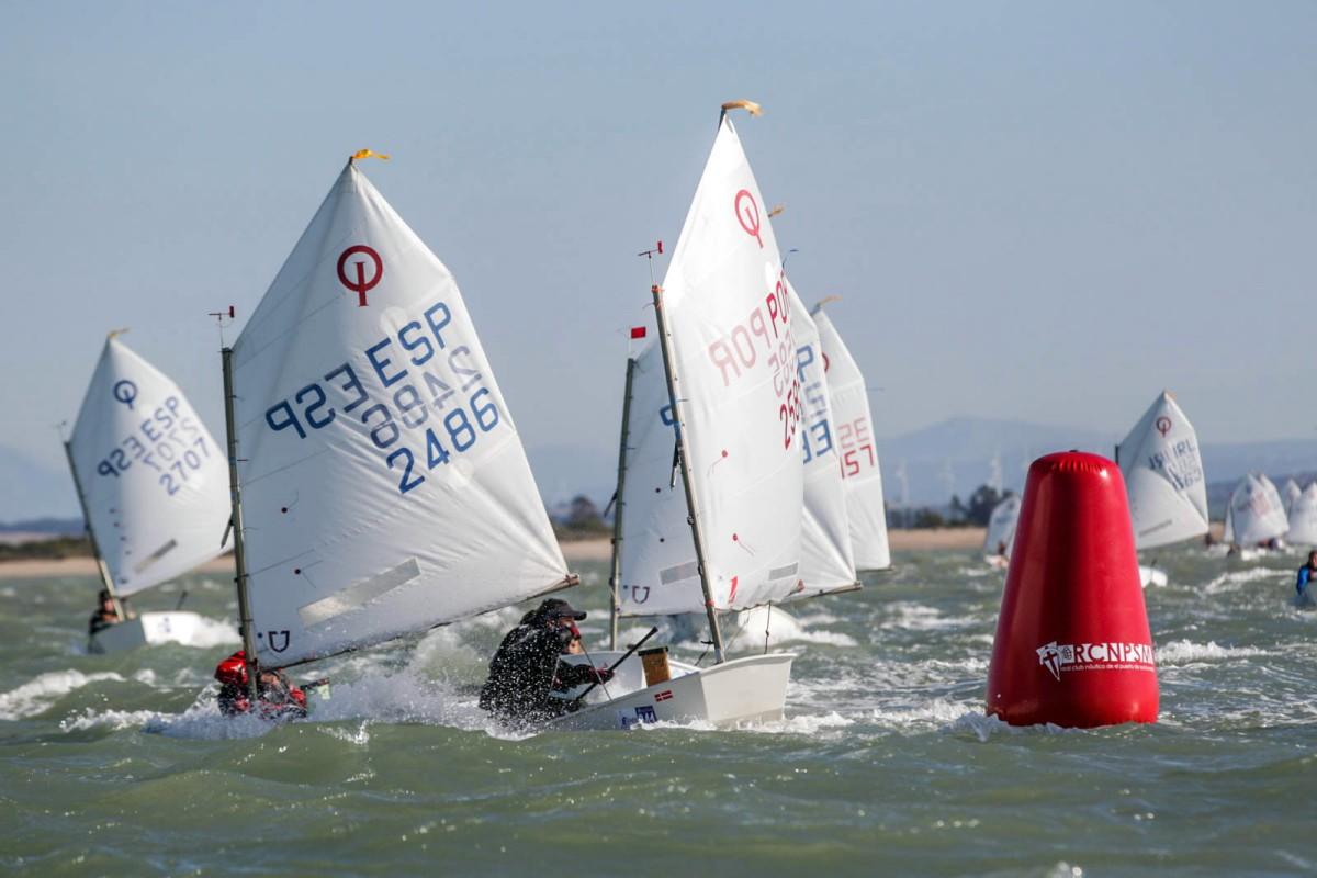Dos andaluces lideran la Excellence Cup gaditana