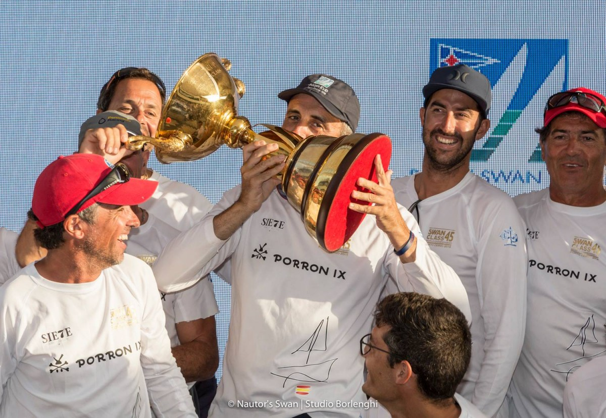 Dr. Luis Senís, bicampeón del Mundo de la clase Swan 45