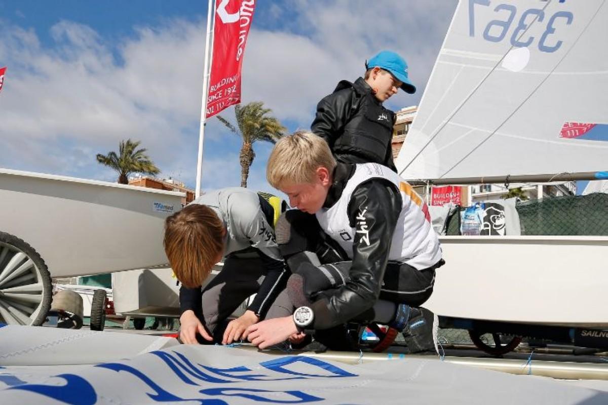 El 13º Trofeo Euromarina Optimist Torrevieja con 404 regatistas
