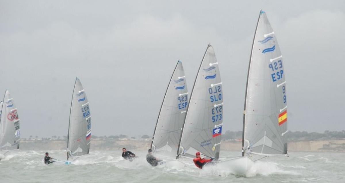 El Campeonato de Europa de Finn en el Puerto Sherry