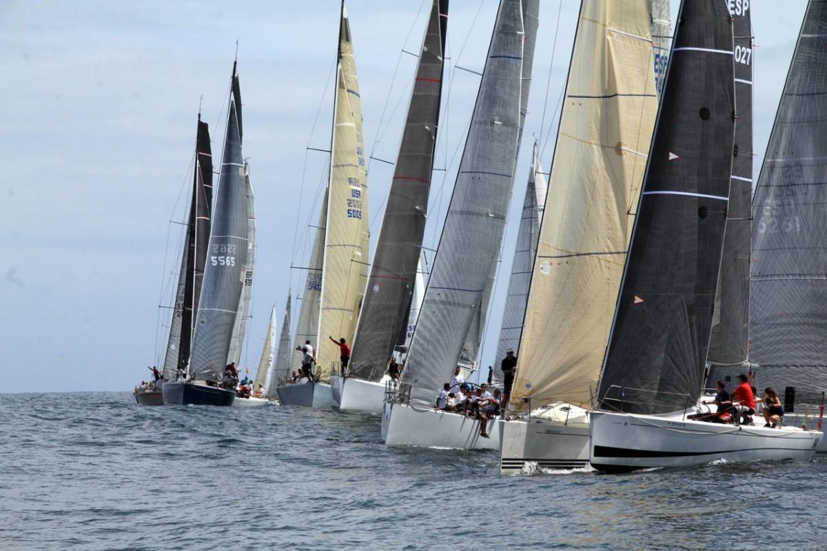 El I Trofeo Social para clase crucero y monotipos