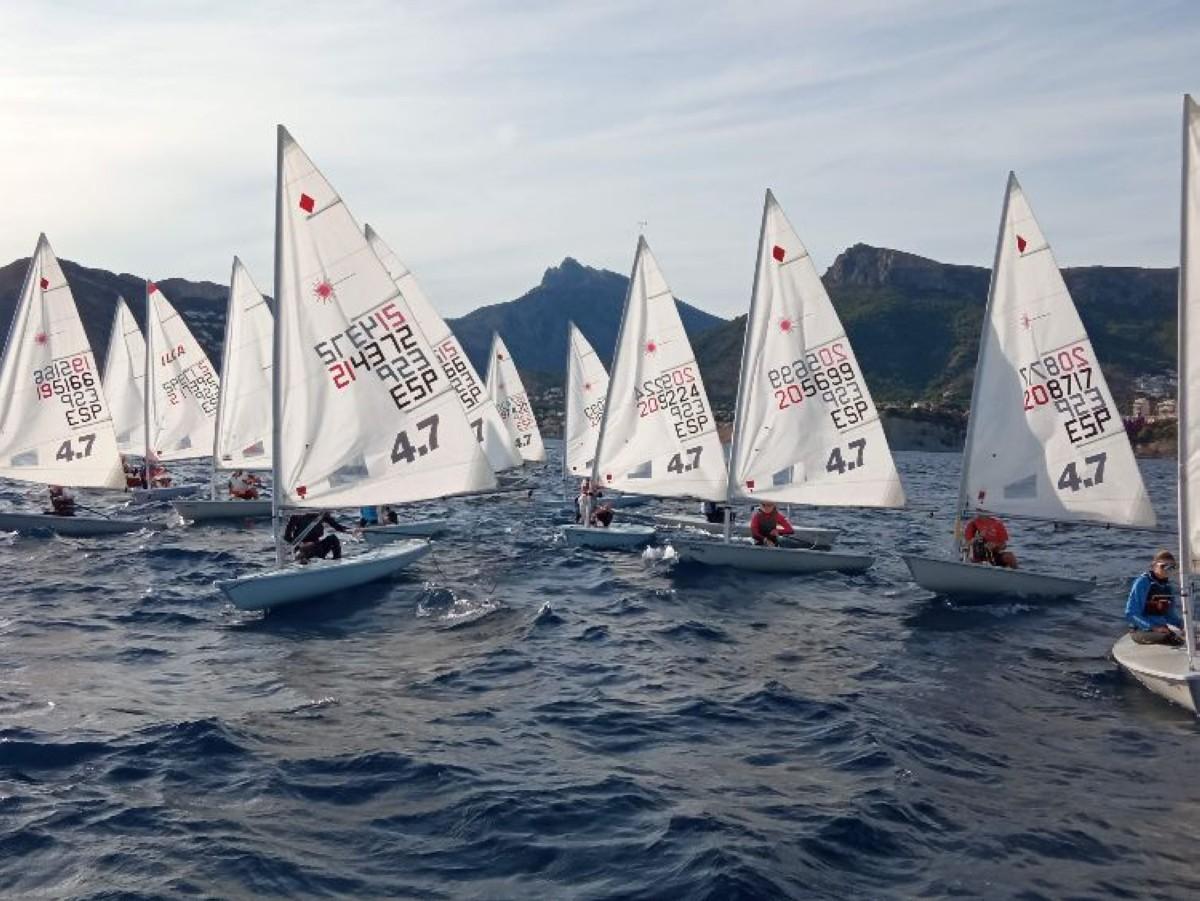 El Trofeo ILCA de Calpe cierra su primera jornada
