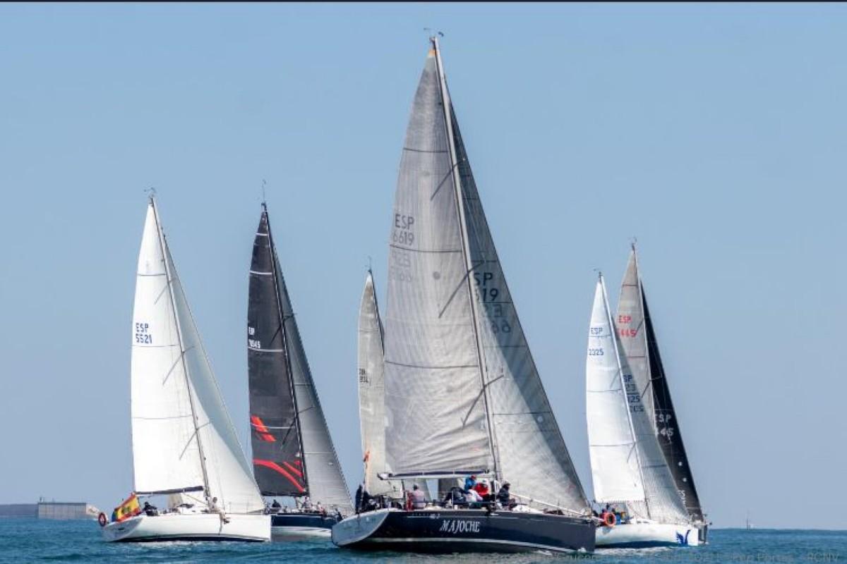 El Trofeo Presidente con una participación de 16 barcos crucero