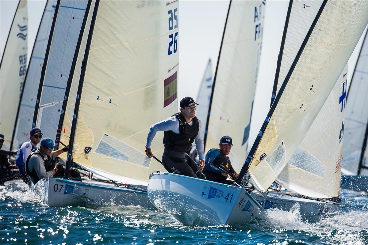 El viento empujó a Joan Cardona a la séptima posición.