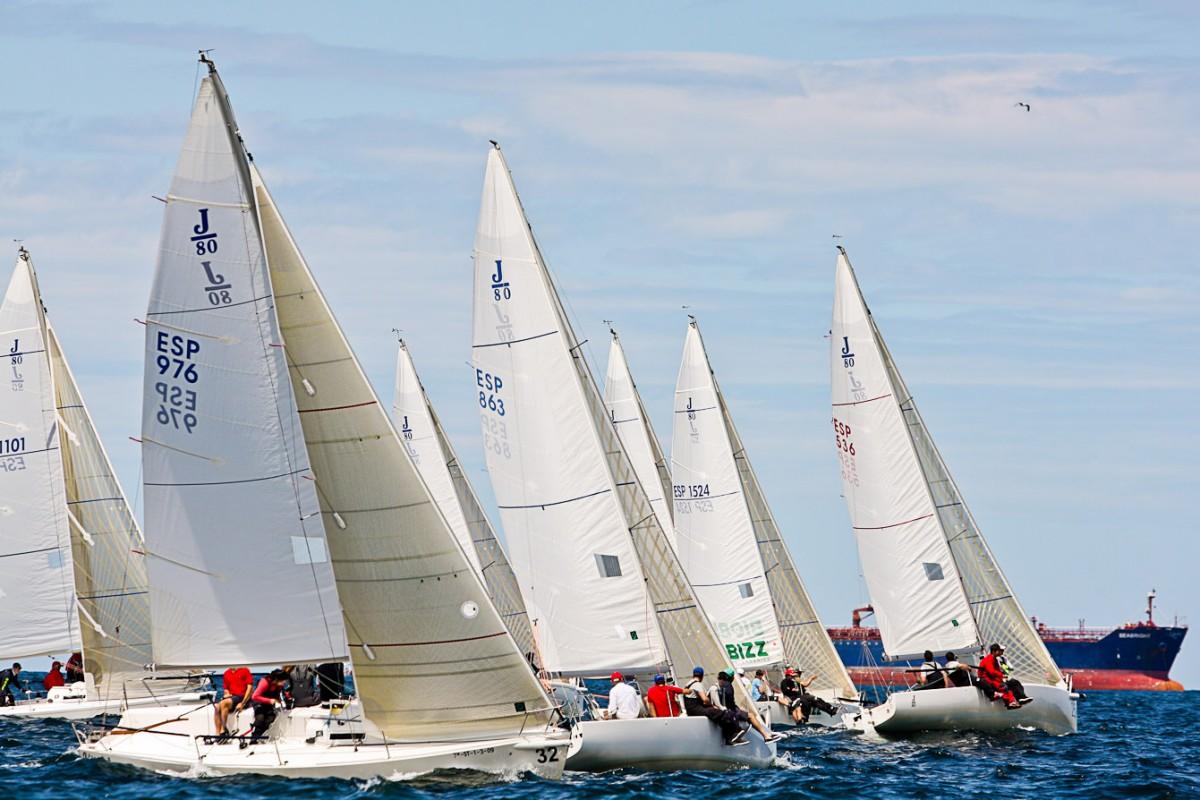 El XXXIII Campeonato de Bizkaia de Cruceros en el Abra