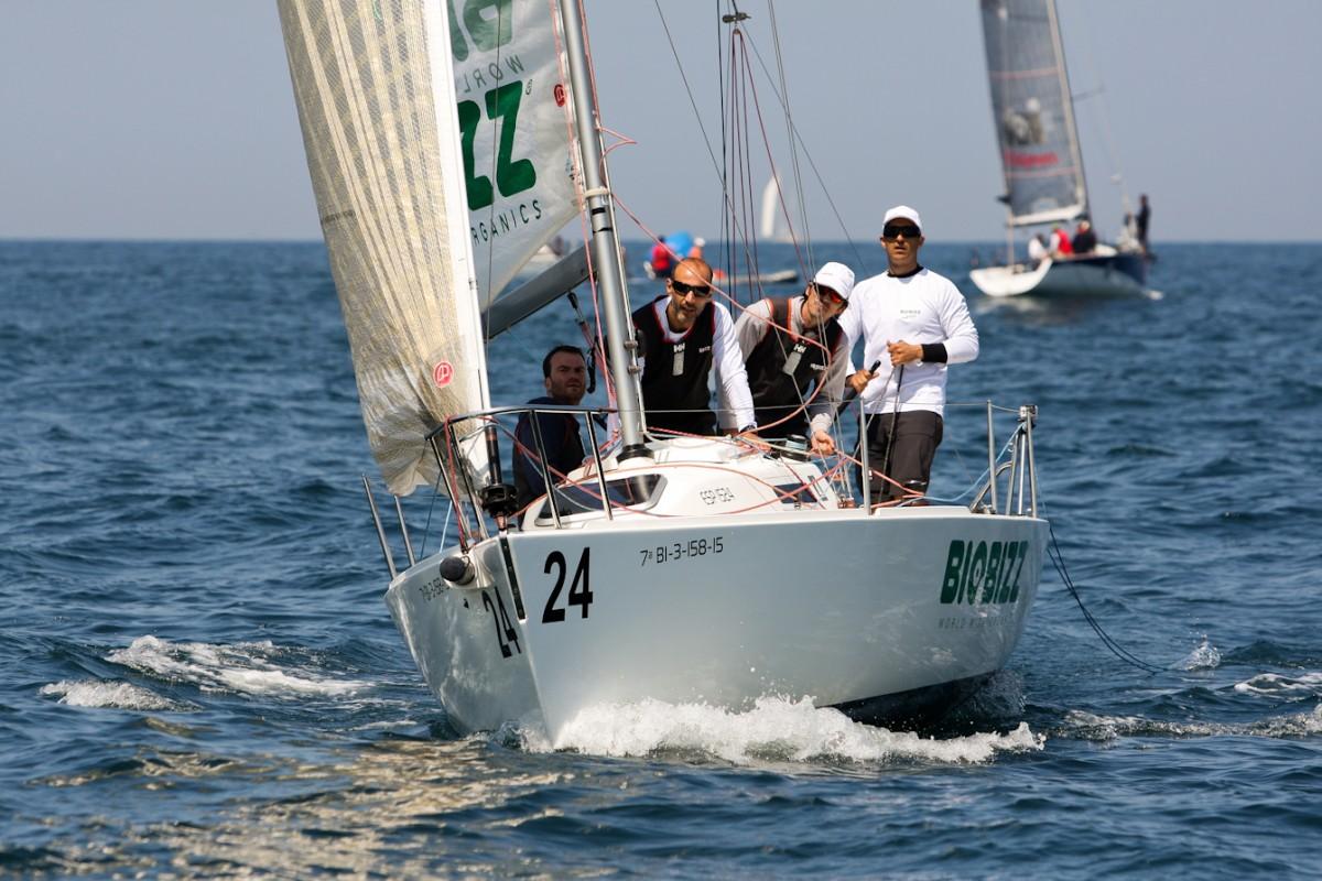 Gran jornada de regatas en el I Trofeo One Sails