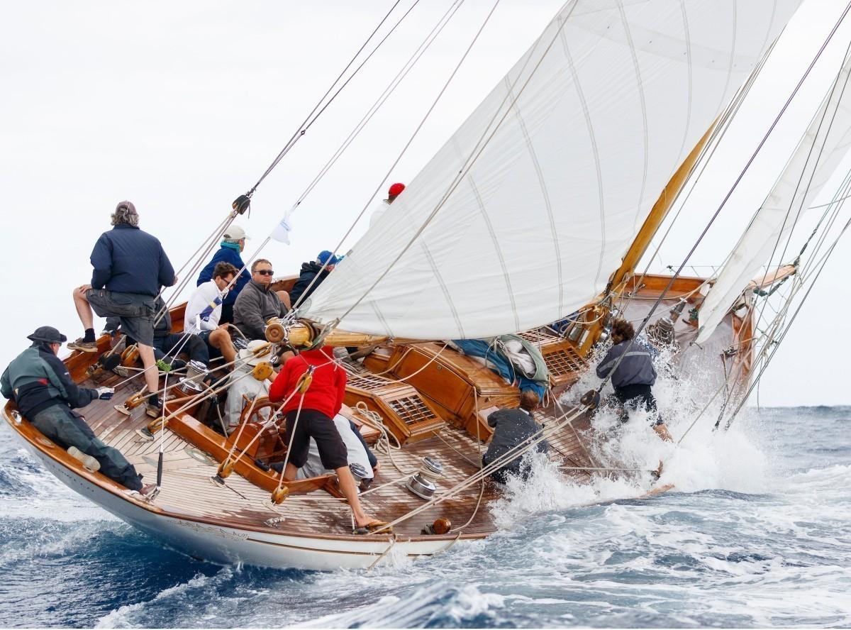 La Copa del Rey Repsol de barcos de época en Mahón