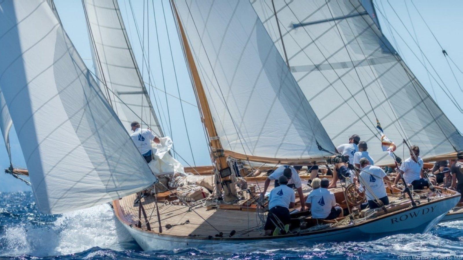La Copa del Rey Repsol de Barcos de Época se mantiene a la expectativa