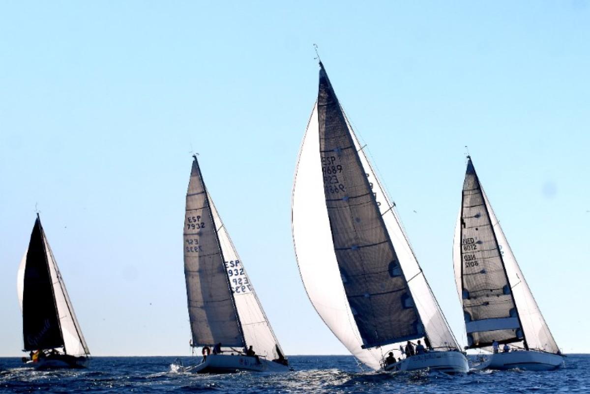 La flota de las 300 Millas A3 Trofeo Grefusa afrontan las primeras millas