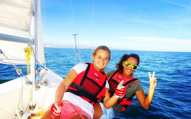 La Mar de Dones, nueva iniciativa para que las mujeres practiquen