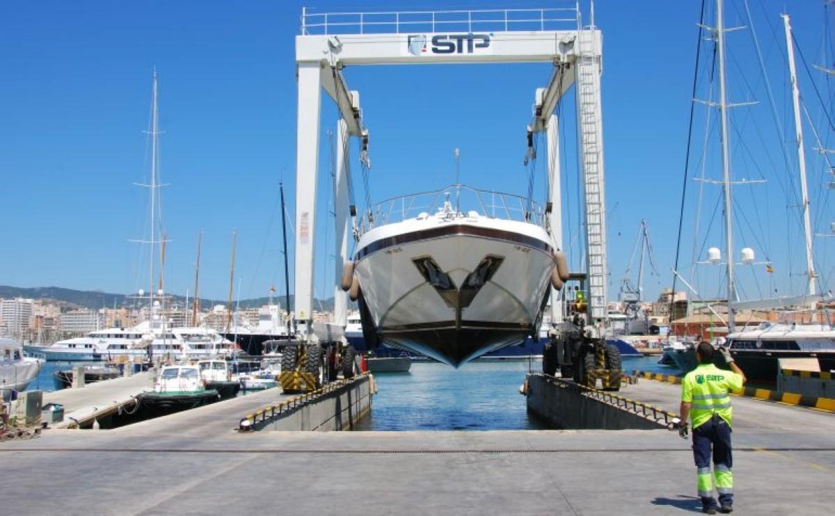 Mantenimiento y construcción embarcaciones de Recreo