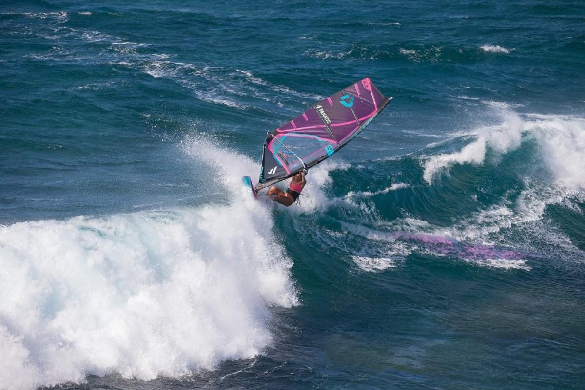 María Andrés, mejor windsurfista del año por la AWSI