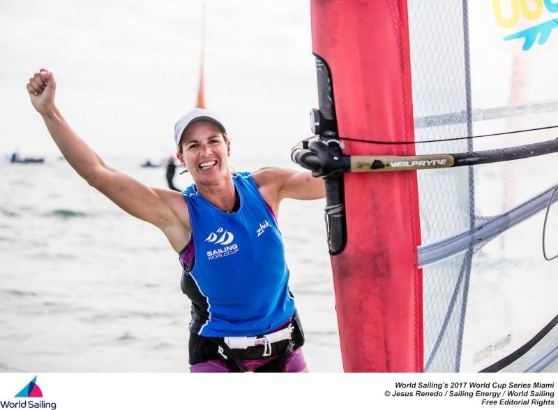 Marina Alabau se cuelga la plata en la World Sailing Cup