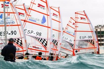 1.000 deportistas en la 52ª Semana Náutica de Alicante