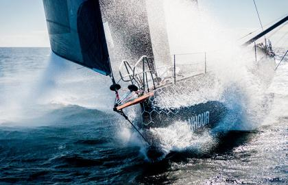11th Hour Racing y 52 Super Series renuevan por tres temporadas