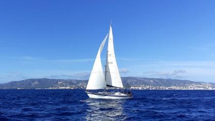 Bolero III gana la Regata Azul Yachts