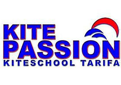 CD KitePassion Tarifa Kiteschool necesita monitores de Kiteboarding