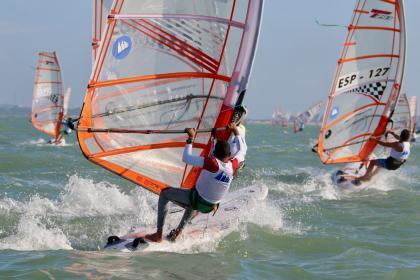 Cinco windsurfistas entran en el Programa Mentor 10