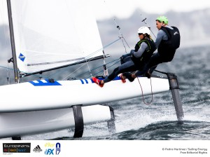 Echávarri y Pacheco lideran el Europeo de Nacra17