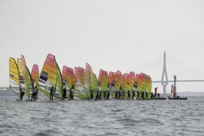 El Campeonato del Mundo de RS:X en aguas de Cádiz