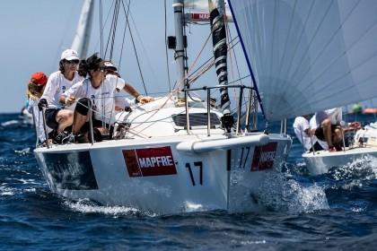 La FAV arma un barco femenino para la 38 Copa del Rey Mapfre