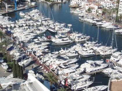 La XXX Feria del Barco de Ocasión del Puerto de Empuriabrava