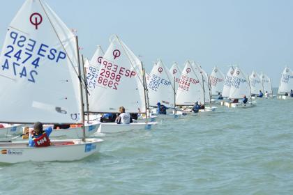 VIII Trofeo Almirante Cervera en aguas de Puerto Real