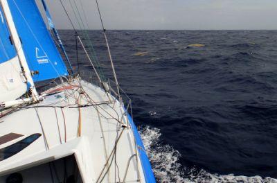 El We Are Water mantiene su lucha contra los alisios del Atlántico Norte