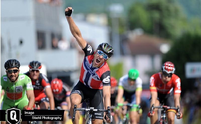 Boasson Hagen gana la etapa, Froome se acerca a Contador