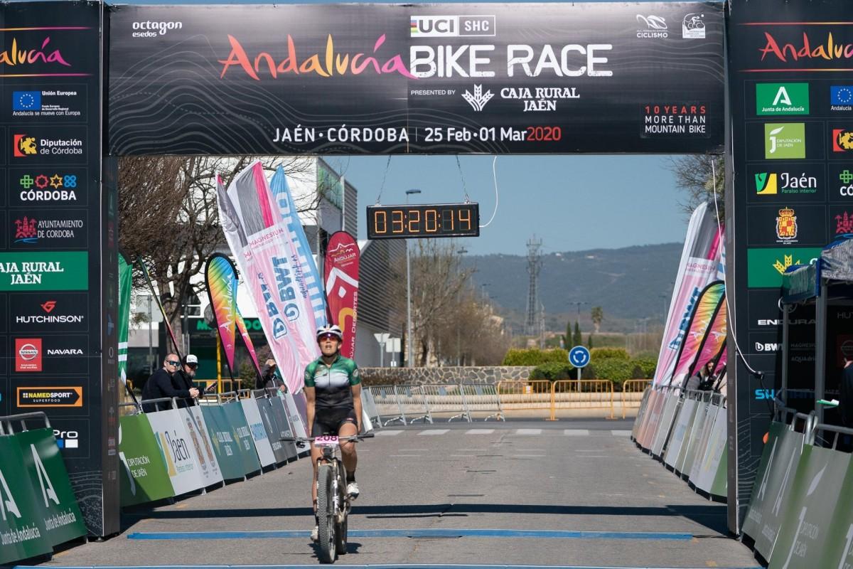Francesco Failli y Claudia Galicia repiten victoria de etapa en la ABR2020
