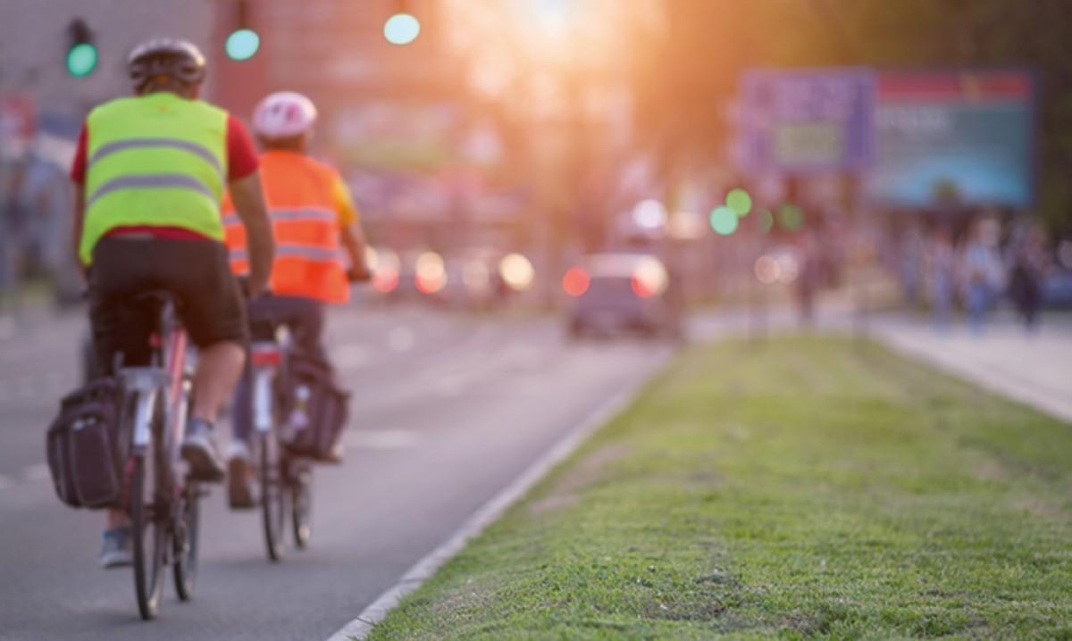 20 normas de circulación en bicicleta que todo ciclista debe conocer