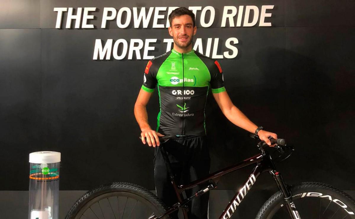 Adrián González será el octavo ciclista del Extremadura-Ecopilas 2021
