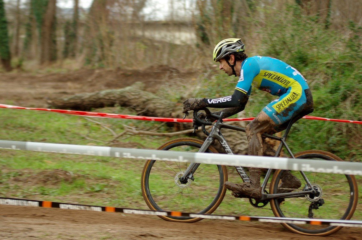 Aitor Hernández da comienzo este fin de semana a la temporada de ciclocross