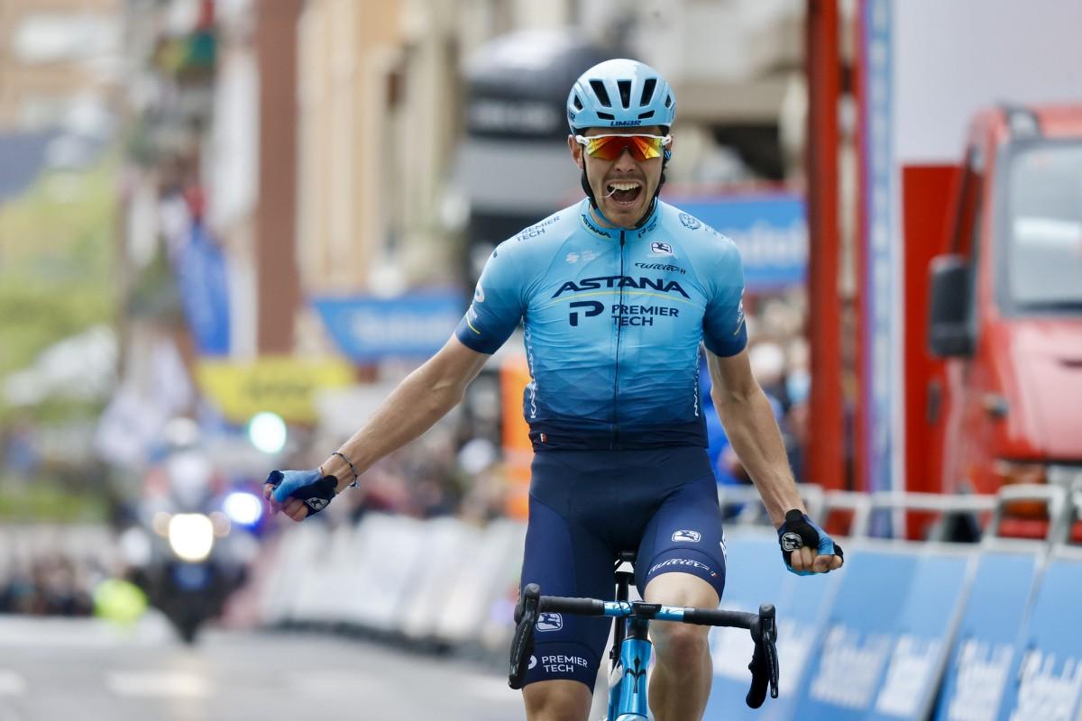 Alex Aranburu logra en Sestao su primer triunfo en la Itzulia