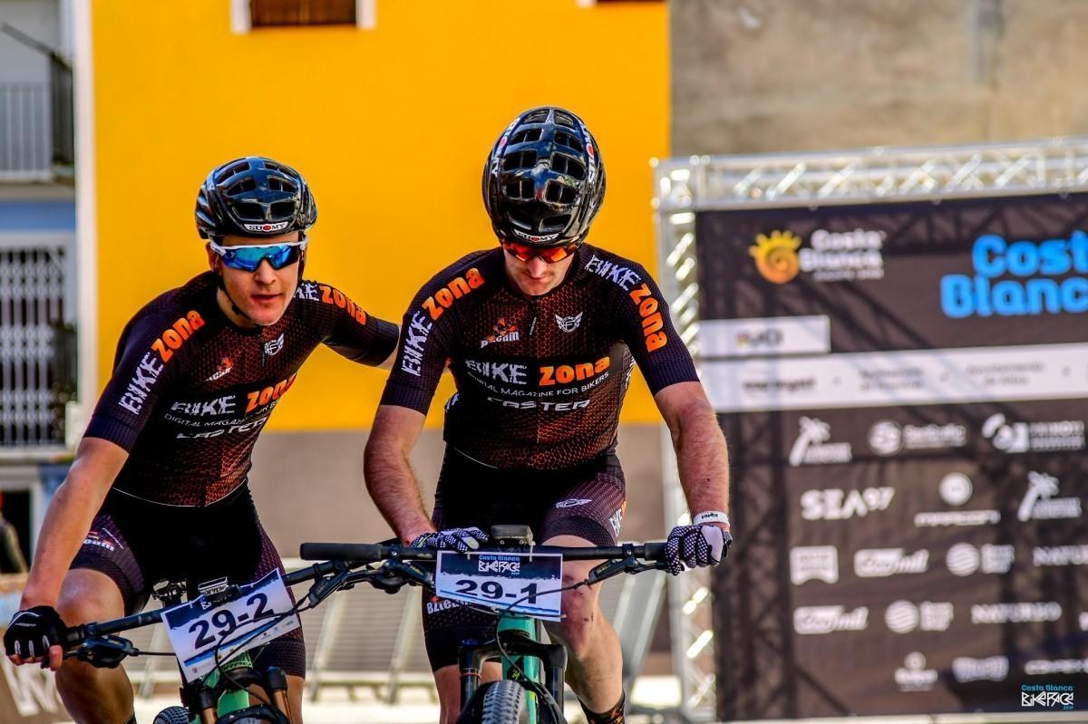 Asier Urdaibai y Jon Tena acarician los puntos UCI en la Costa Blanca Bike Race