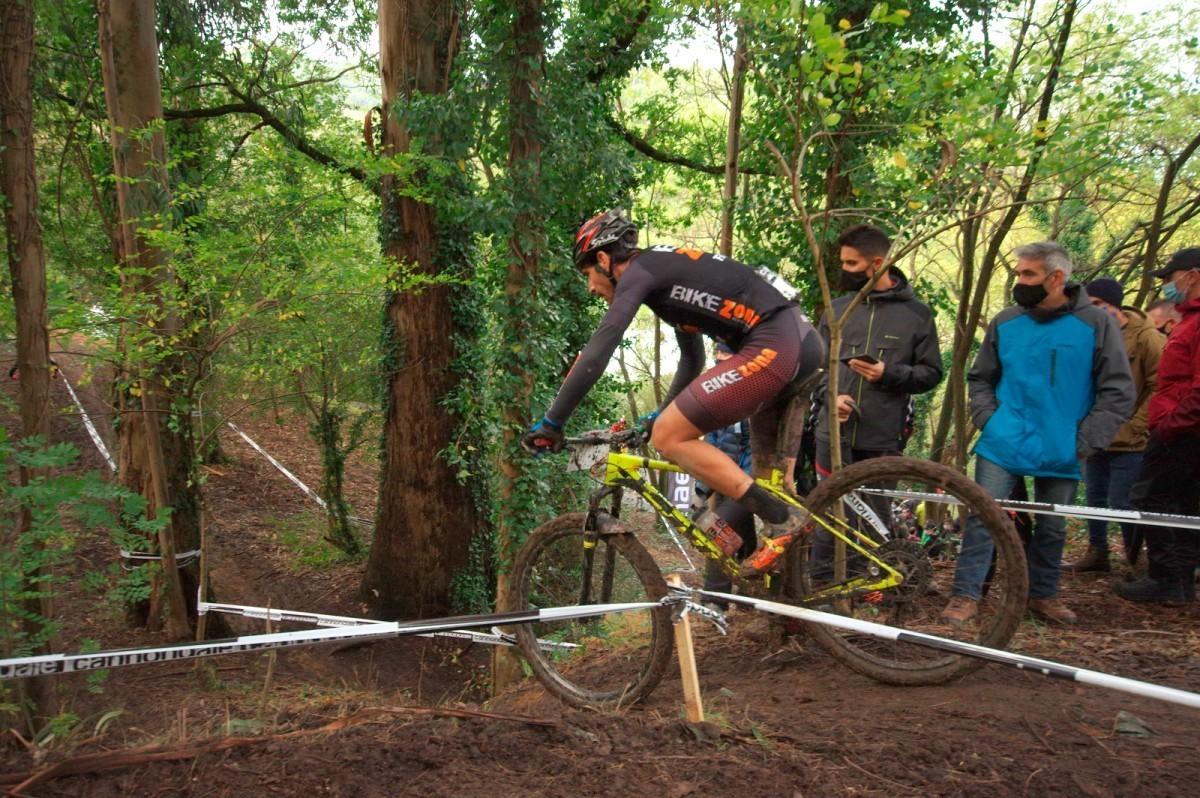 Auténtico deporte rural vasco en las Green Series MTB XCO de Barakaldo