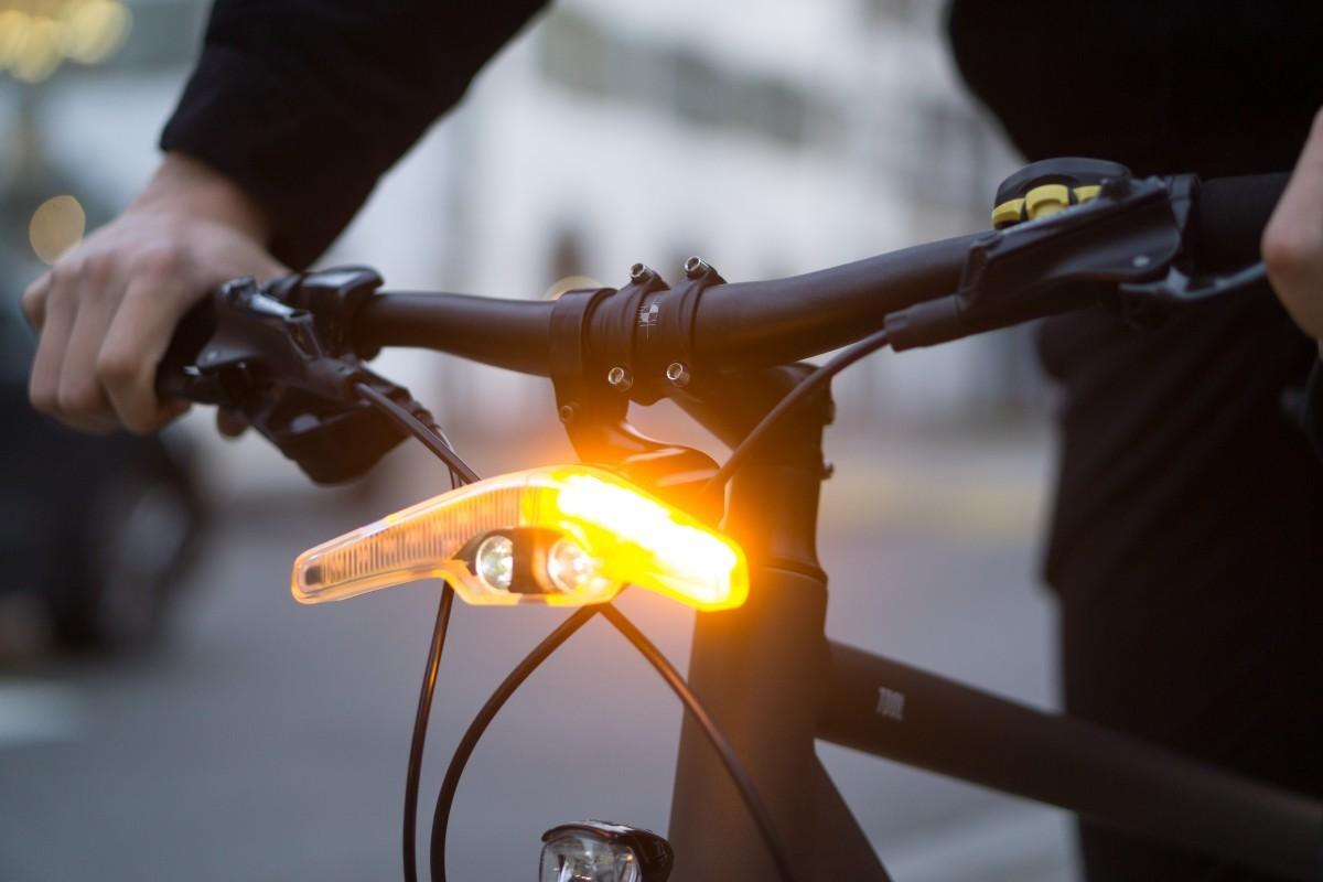 Llegan los intermitentes para bicicleta