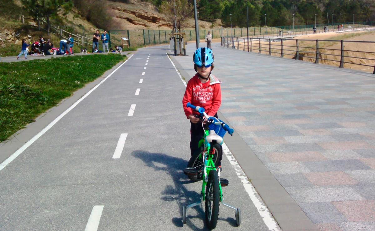 Coronavirus: Los niños podrán salir con su bicicleta o patinete