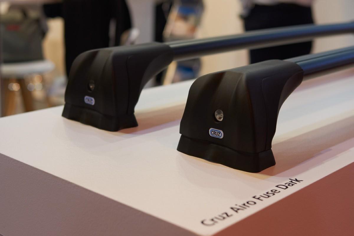 Cruz presenta las nuevas barras de techo aerodinámicas Cruz Airo Fuse